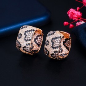 CWWZircons Fashion Luxury Square Cubic Zircon Leopard Earrings for Women Wedding Party Exquisite Jewelry Earrings Gift CZ872, Ho